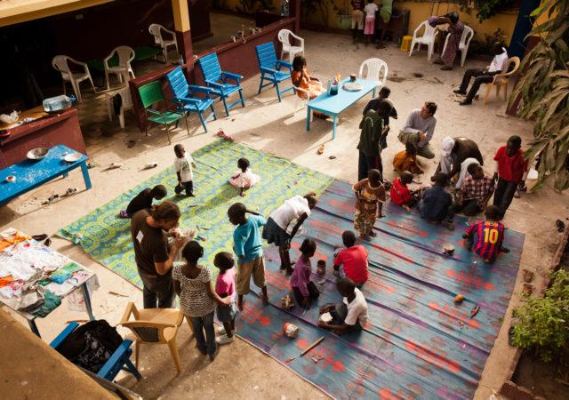 Le magliette e gli strumenti musicali del Sulcis-Iglesiente arrivano a Dakar